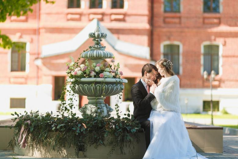 Где провести свадьбу в будни