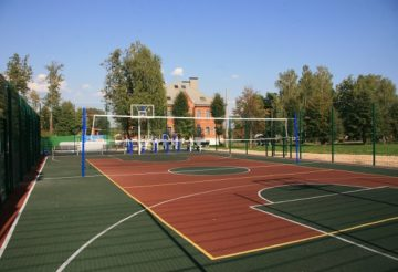 отдых летом в Нижегородской области: теннисный корт